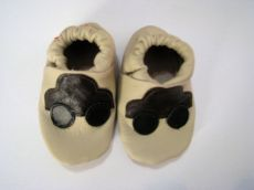 Capáčky Menu baby shoes - béžové s autíčkem