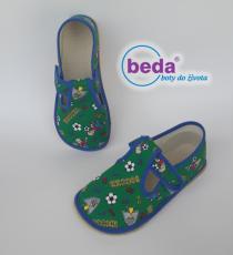 Beda barefoot - papučky na suchý zip zelené fotbal
